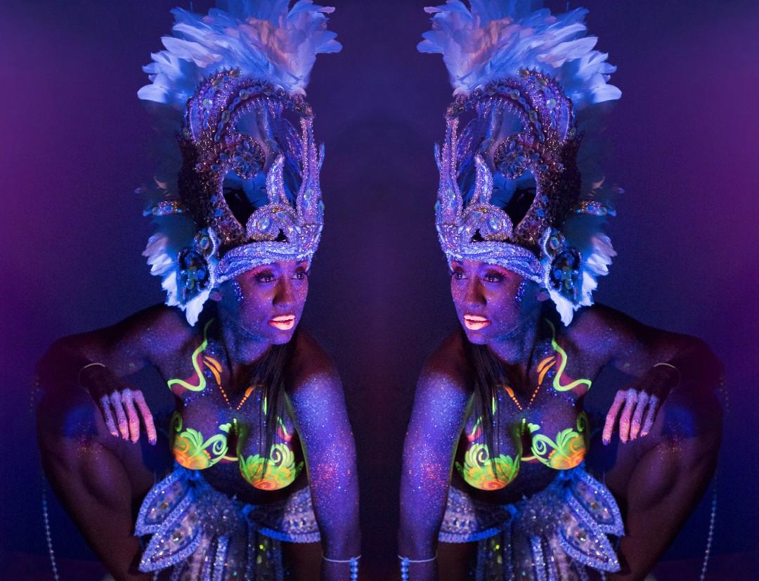 Neon Body Paint: Carnaval Illusion
